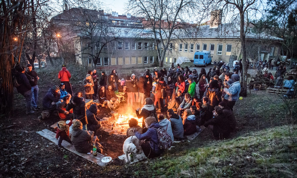 "Community evening next to the autonomous social centre ""Clinics"", Prague"
