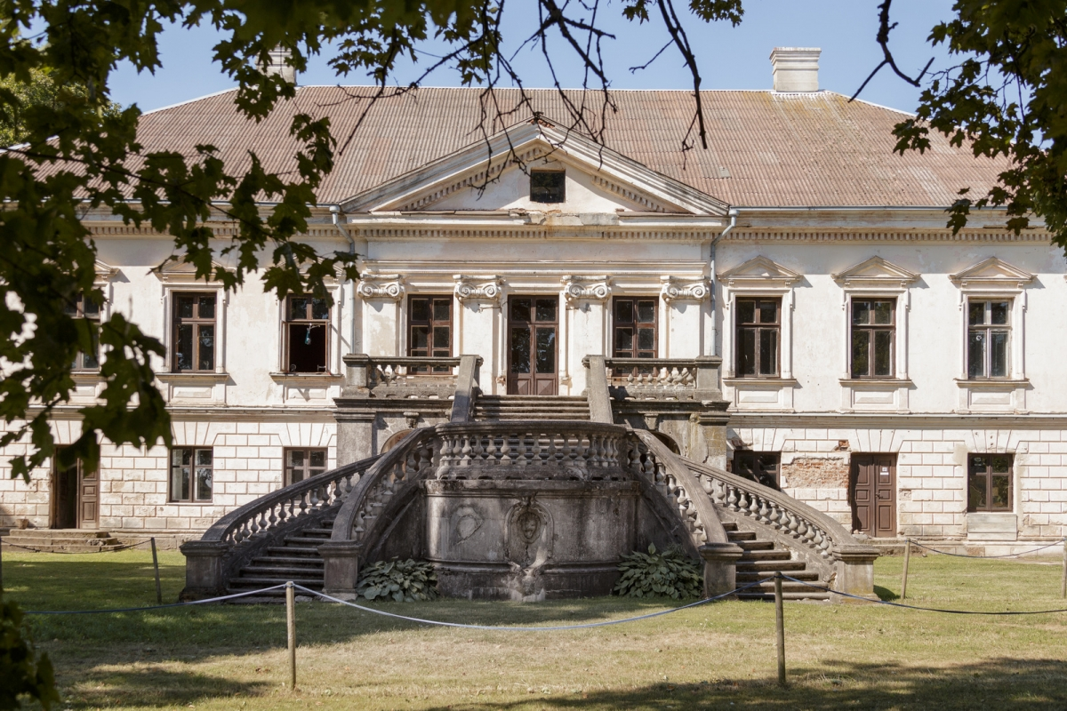 Zeimiai Manor House_01