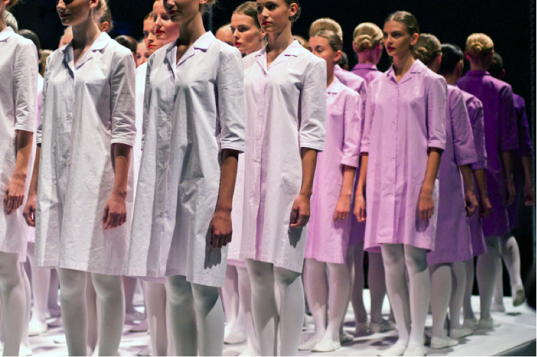 Marit Ilison, 70 cotton smocks, performance at Estonian Applied Arts and Design Museum, 2012
