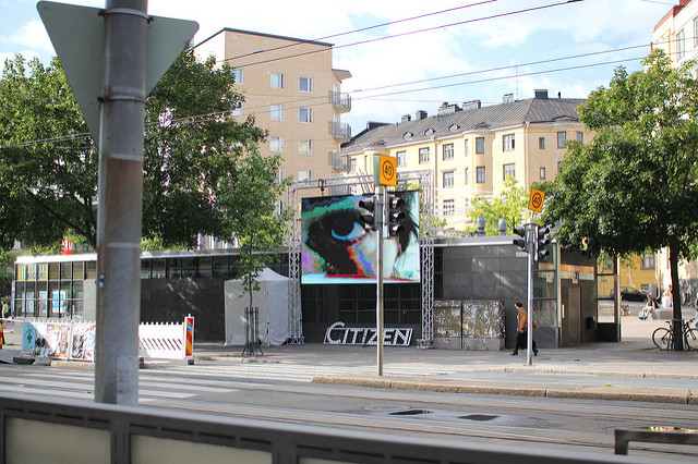 Binoculars at MediaFacade Festival Helsinki. Courtesy: Varvara& Mar