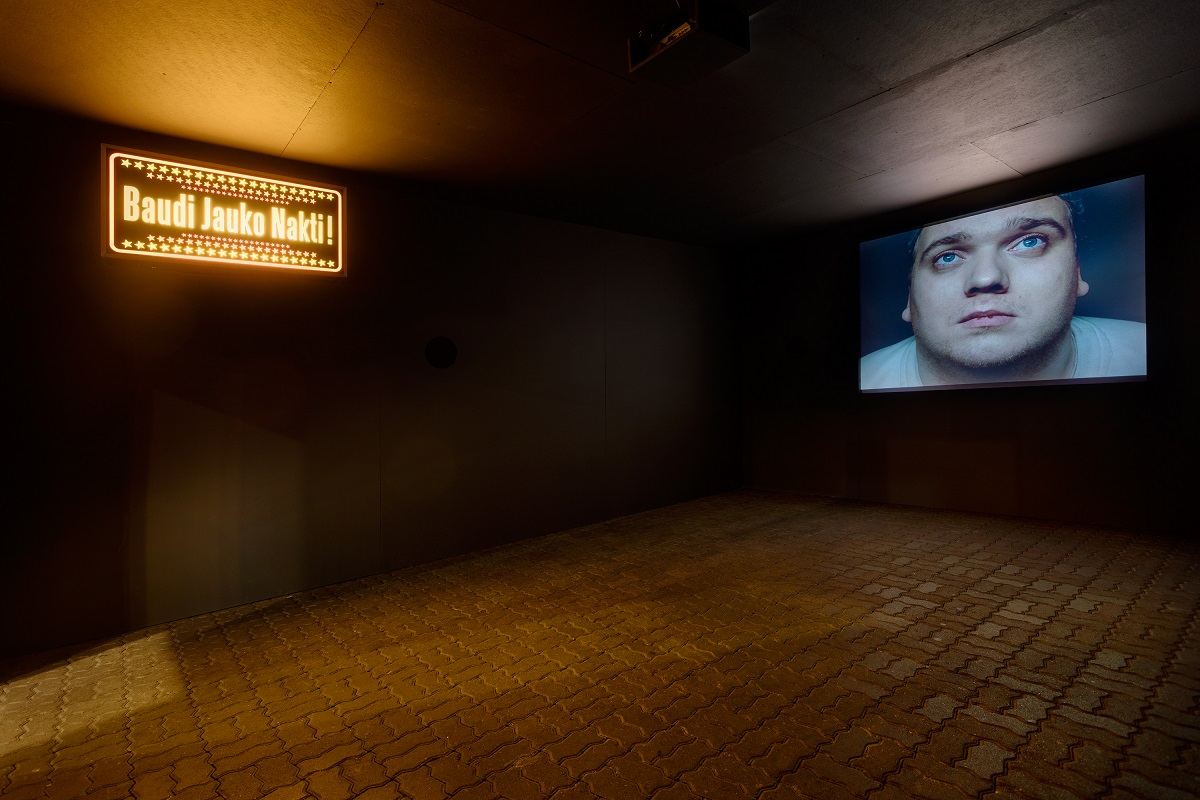 "F5 ""Have a Nice Night!"" 2002. Installation, video. Photography: Reinis Hofmanis"