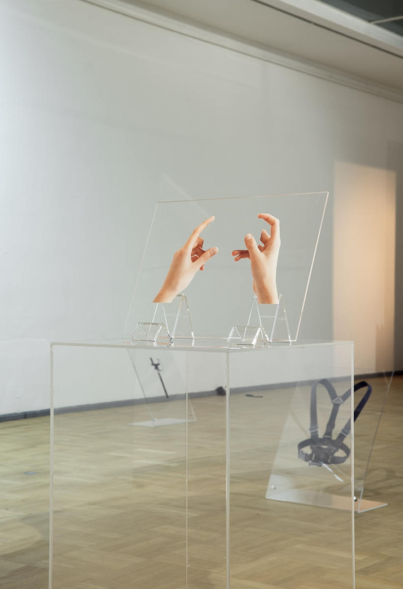 Exhibition 'Image drain'. Kristina Õllek. Distorted Hands. Installation, plexiglass, UV print. 2017. Photo: Karel Koplimets, Tallinn Art Hall