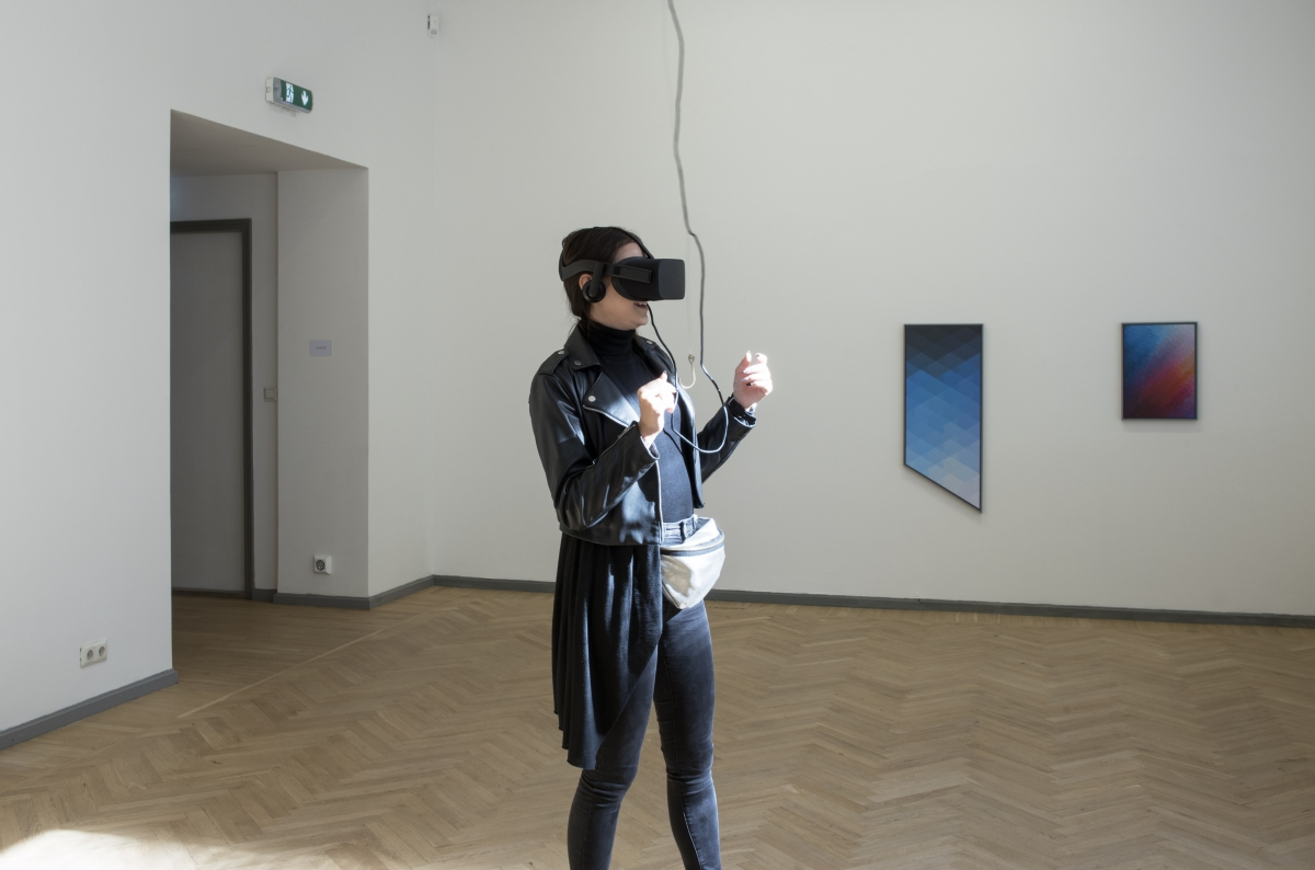 Exhibition 'Image Drain' , In the foreground: Laura Kuusk. Cover. 360-degrees VR video loop. 2017. Photo: Karel Koplimets, Tallinn Art Hall