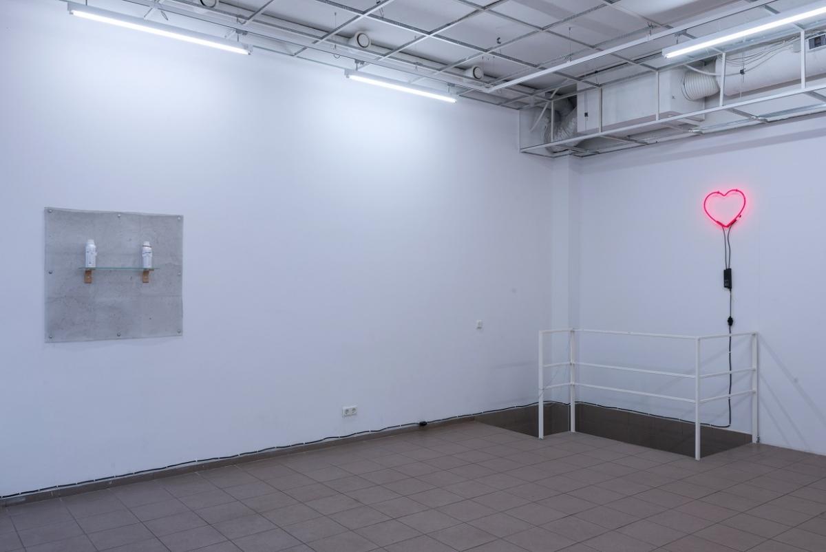 YGRG 150: Le Musée Menteur by Dorota Gawęda & Eglė Kulbokaitė, Installation view Sodu 4 project space, Vilnius, 2017. Photo: Arnas Anskaitis