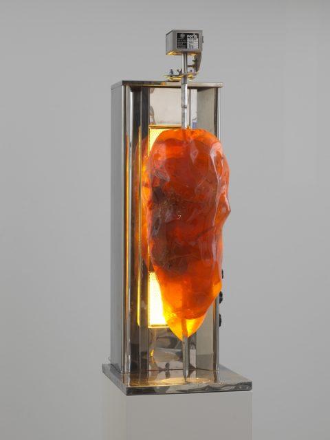 Maria Tobola, Amber Kebab, 2016, Collections, photo: Finnish National Gallery/Pirje Mykkänen