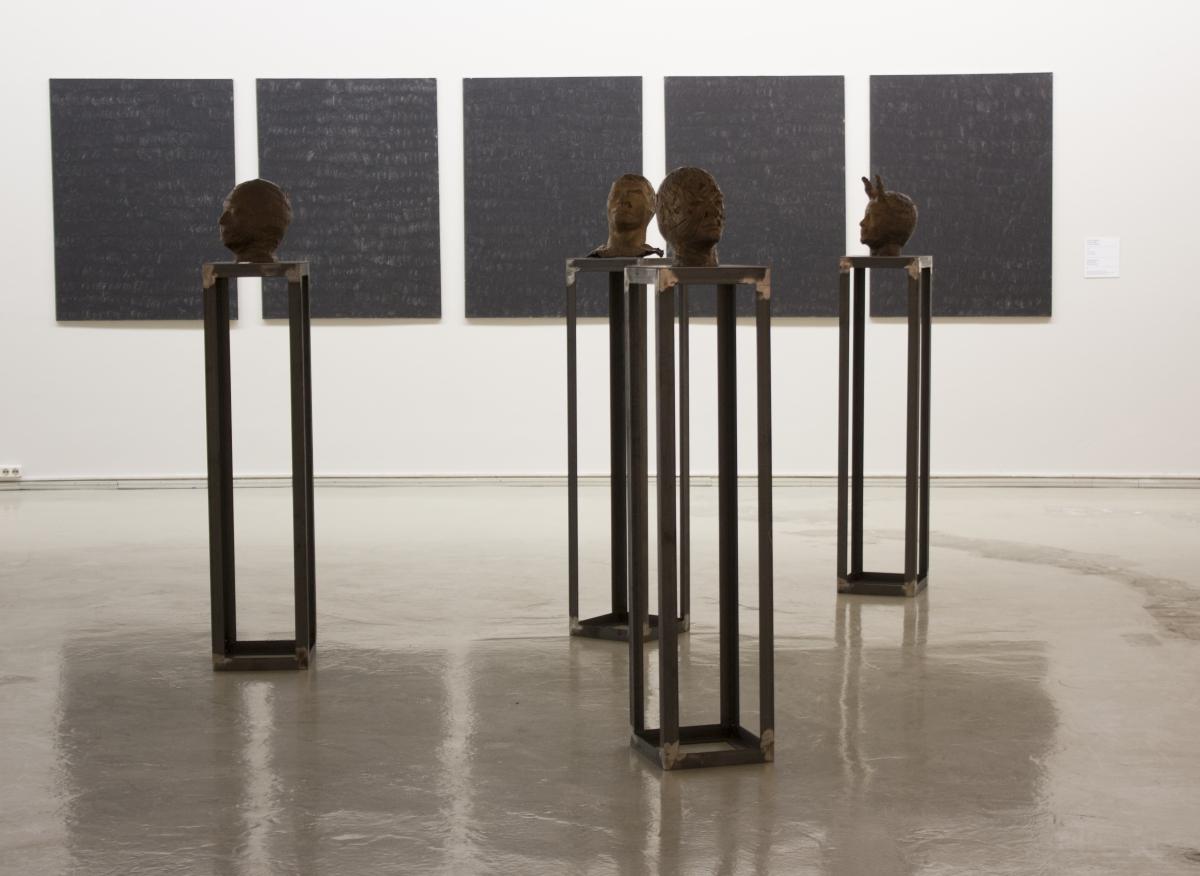 """Panic Heads"", autoportret bronze, interventions, 1990"