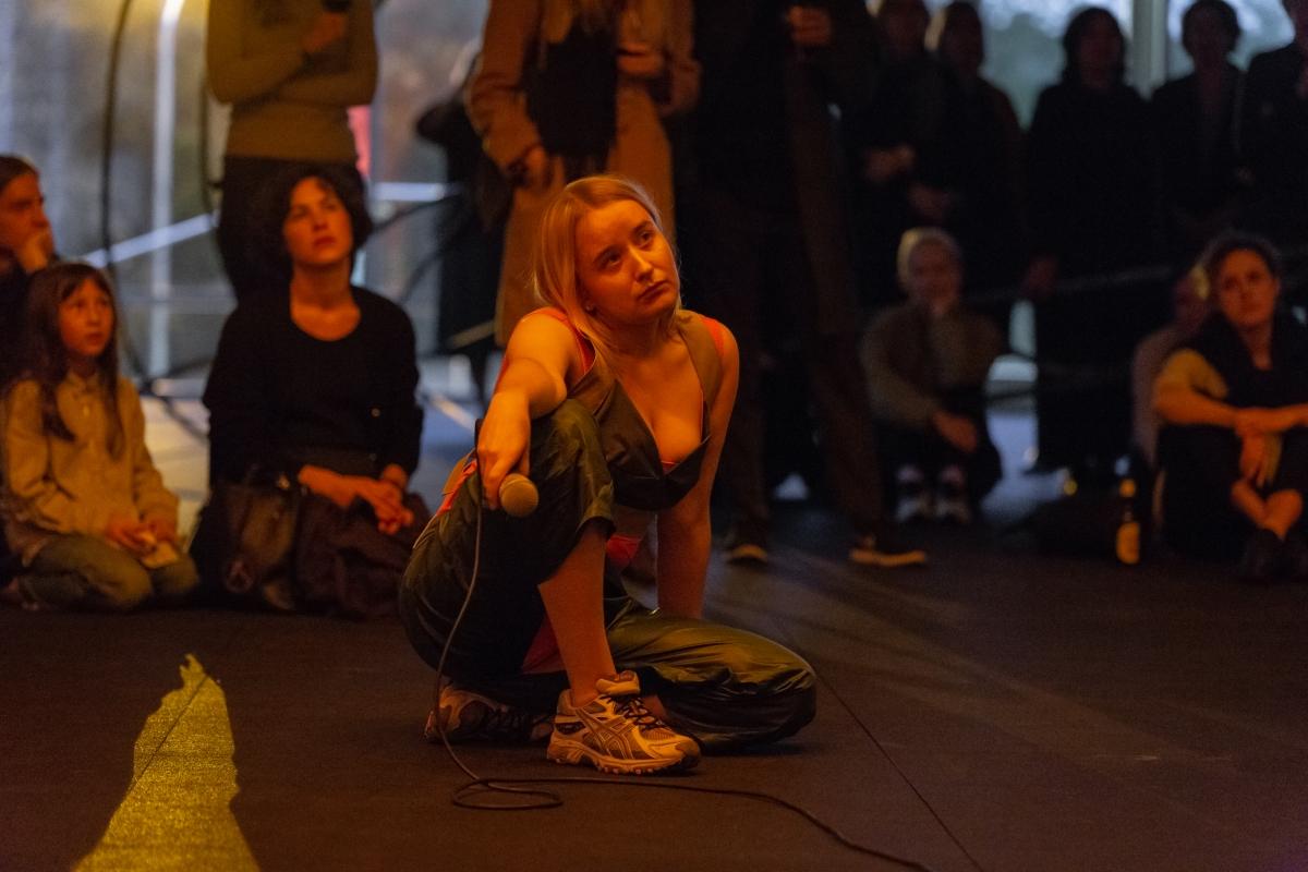 GIRLISONFIRE (Monika Janulevičiūtė, 1990, LT & Antanas Lučiūnas, 1997, LT), Dedicating to the sick and blooming, 2018, performance, 30 minutes.
