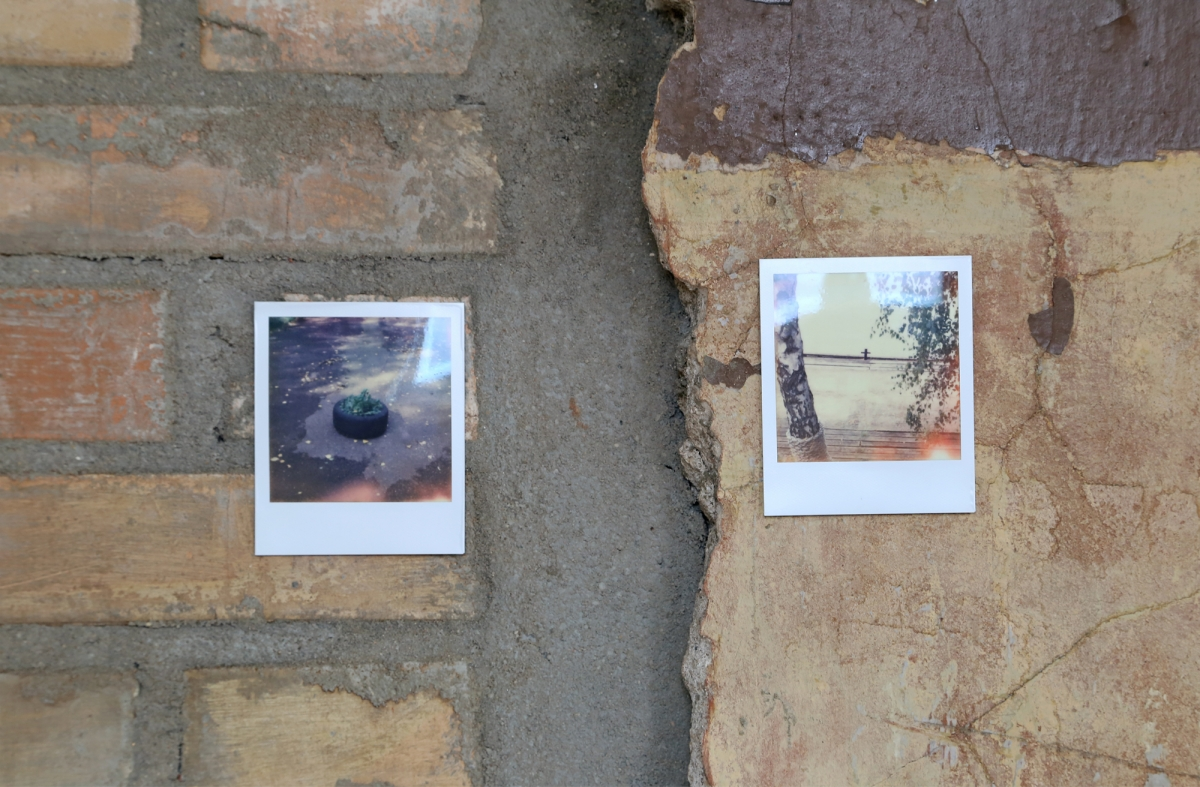 Roman Korovin, Car for sale, 2018. Photo: Margarita Ogoļceva, Latvian Centre for Contemporary Art, 2018 photographs, paintings; installation dimensions variable, 2 photographs: 150×150 cm