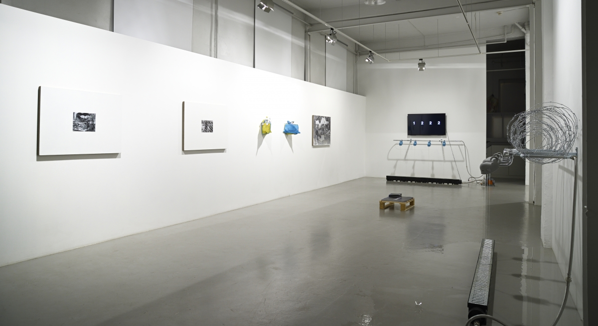 01 Oleg Frolov & Tobias Kaspar _Epicentre_ exhibition view, 2018, Photo S.Stepaško