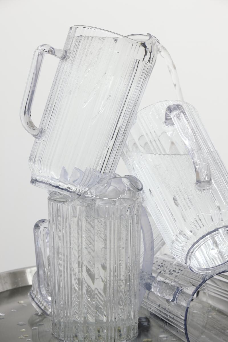 Water. Plastic jugs, plastic rhinestones, steel, water pump, plinth, 62 cm x 52 ø cm x 90 ø. 2018