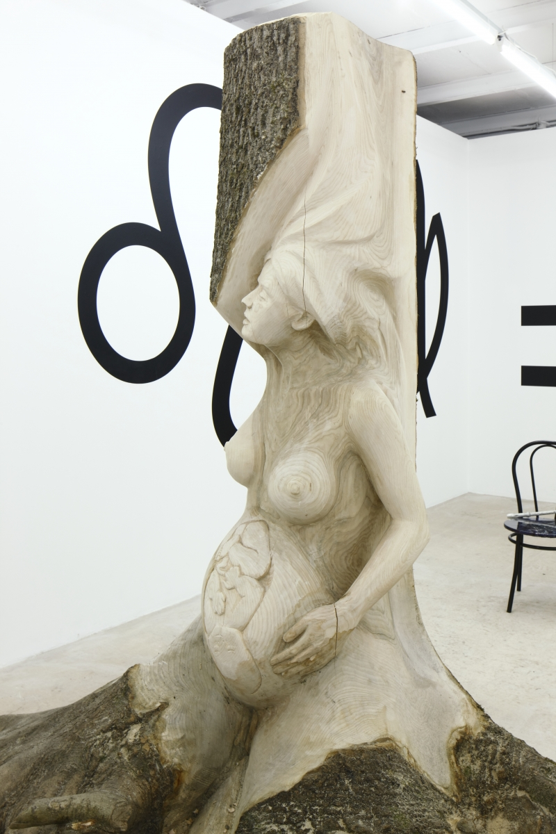 Circle of Life. Ash wood tree, 250 cm x 90 ø. 2018