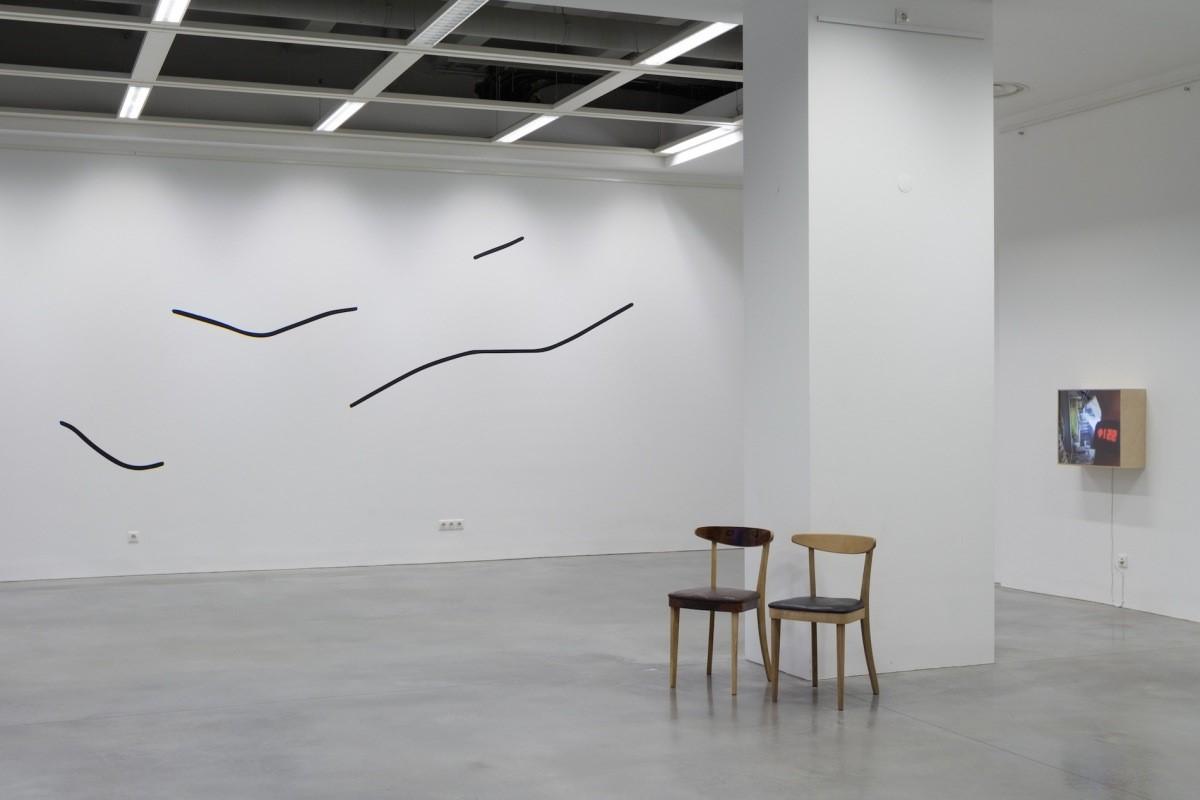 Exhibition view, Decent show, 2017, photo: Arnas Anskaitis.