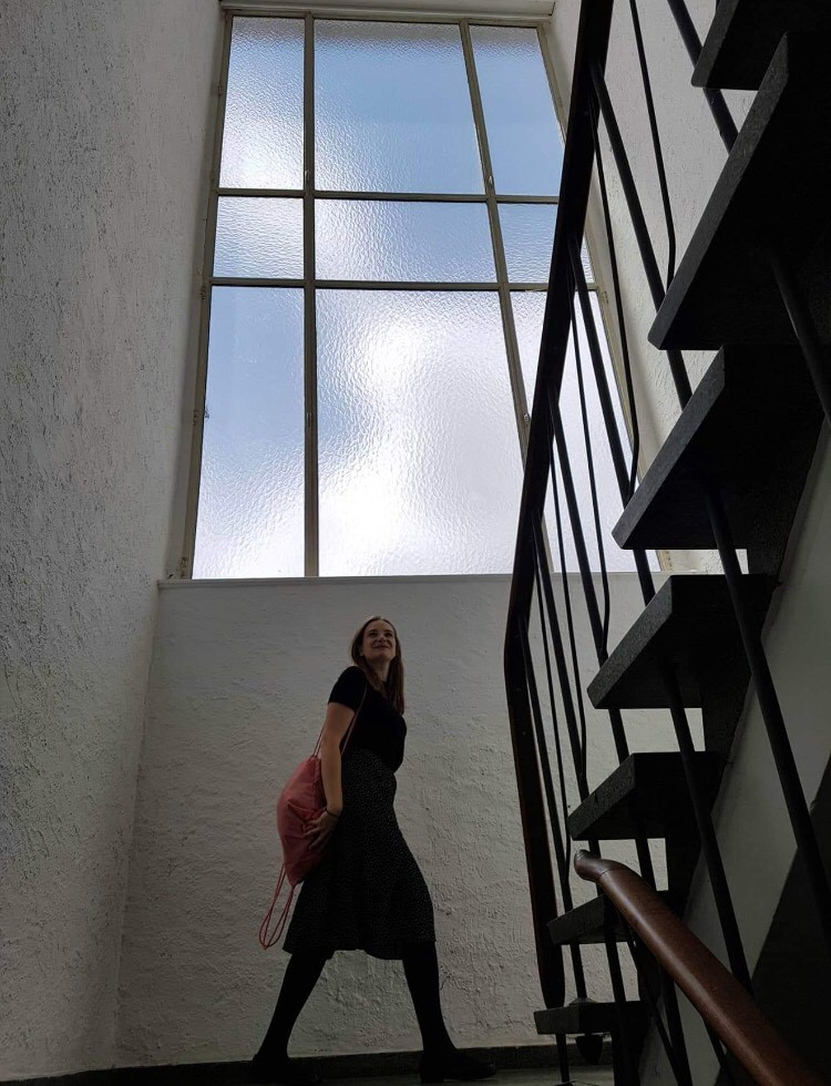Ona Juciūtė going to a graduation show in Franfurt Staedelschule, 2018, photo Viktorija Damerell.